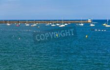 "Bild auf Forex: ""Saint jean de Luz bay with luxurious boats on a sea"""