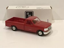 AMT ERTL 1992 Ford F-150 XLT Promo Bright Red #6823 NEW In Box