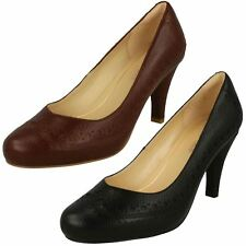 Ladies Clarks Brogue Detailed Slip On Heeled Leather Court Shoes Dalia Ruby