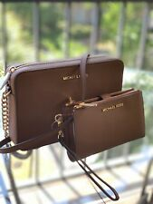 MICHAEL KORS  LEATHER JET SET LARGE EW CROSSBODY LUGGAGE BAG OR TRIFOLD WALLET