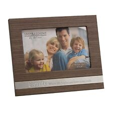 "Personalised Wooden FAMILY 6"" x 4"" Photo Frame with Metal plaque FW438FAM"