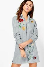 Boohoo Petite Tanya Embroidered Stripe Shirt Dress para Mujer