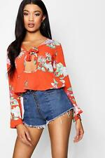 Boohoo Annie Floral Printed Tie Front Blouse With Key Hole para Mujer