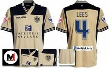 *13 / 14 - MACRON ; LEEDS UTD AWAY SHIRT SS + ARM PATCHES / LEES 4 = SIZE*