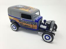 UK Kentucky 2011-12 Basketball 1932 FORD Diecast Bank 1 of 504 LIMITED EDITION