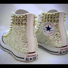 converse all star bianche con larerali in glitter e borchie