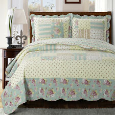 Annabel Oversize Floral Coverlet 3Piece 100% Microfiber Wrinkle-Free & Easy Care