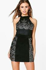 Boohoo Petite Roxy Velvet Embroidered Bodycon Dress para Mujer
