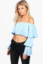 Boohoo Petite Tilly Off The Shoulder Tiered Sleeve Crop Top per Donna