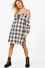 Boohoo Lucie Check Lace Up Ruffle Shirt Dress per Donna