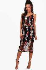 Boohoo Boutique Bea Embroidery Crop&Skirt Co-ord para Mujer