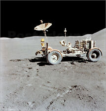 Poster / Leinwandbild Apollo 15 Lunar Roving Vehicle on the moon. - S. Images