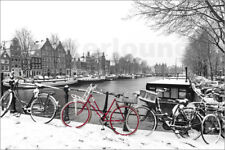 Póster, lienzo o cuadro en metacrilato Red bicycle in the snow - G. Pachantouris