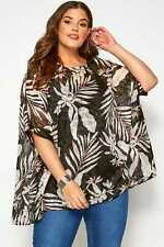 Yours Clothing Womens Plus Size Palm Print Cape Top