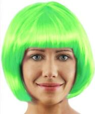 6 X SHORT HOT GREEN GLOSSY BOB WIG WITH FRINGE COSPLAY ST PADDYS FANCY DRESS