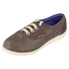03c1de7ff70f18 Crocs Womens Lopro Leather Plimson Sneaker Ultra Violet Stucco UK ...