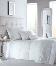LUXURY SEQUIN DIAMANTE DUVET QUILT COVER BEDDING BED LINEN SET SHIMMER WHITE NEW