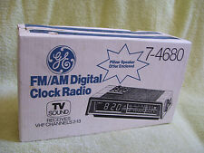 NEW OLD STOCK NOS FACTORY SEALED ~ GE Digital CLOCK RADIO 7-4680 ~ ZOOM-IN