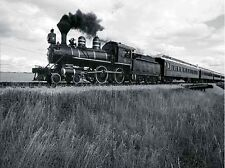 Annie Griffiths-Belt: Locomotive driving across prairie Keilrahmen-Bild Dampflok