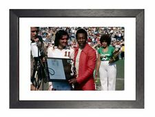 George Best E PELE THE POSTER IRLANDESE CALCIATORE Manchester Winger IMMAGINE