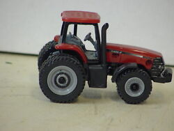 Case Ih Magnum Collexctor Edition 1998 Tractor And Farmall Steel Wheels 1/64