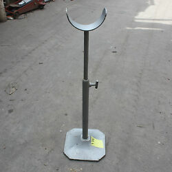 590 - 915mm Extendable Pipe Holder Stand Approx 120mm Diameter Pipe Metal Worker