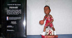 2003 Lebron James Rookie Red Jersey Dribbling Bobblehead Cleveland Cavaliers