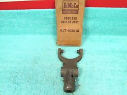 1940-47 Ford F5 F6 Big Truck Fork And Roller Assembly Nos Ford 1216