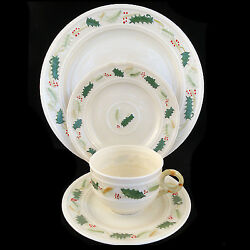 Holly By Belleek 4 Piece Place Setting New Never Used Made In Ireland