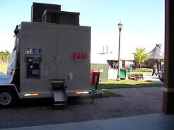 Mobile Automated Self-bagging Ice Vending Machine