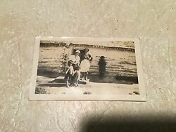 Rare Original Native American Photo 1914 Family With Children And Log Cabin Lot
