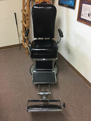 Antique Barber/dentist Chair For Sale Mfg By Reliance 1942. Excellent Condition
