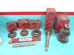 1946-49 Nash Transmission Countershaft Cluster Gear Ect... Parts Lot Nors 817