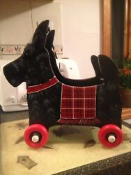 Scottish Terrier Wooden Wood Wagon with Handle Planter Wheels Turn Rare Cool New