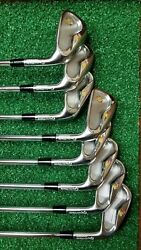 Taylormade Custom R9 Irons for Trump Golf   Donald Played one round with