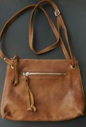 ROOTS CANADA TAN LEATHER CROSSBODY SLING  BAG