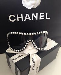 CHANEL PEARL BLACK RUNWAY SUNGLASSES GLASSES NEW IN BOX AND BAG SOLD OUT RARE