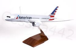 Pacmin - Boeing American Airlines 787-800 1144 Model Desk Display Collectable