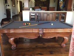 Presidential Pool Table 8and039 Regulation Balls Cues And Cue Standandnbsp