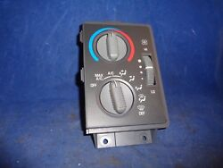 Chevy GMC Olds Bravada Jimmy Blazer AC Heater Climate Control Unit Module Dials