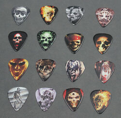 50x Skull Medium Thickness Celluloid Acoustic Electric Guitar Picks Plectrum