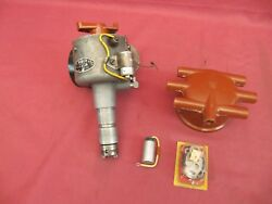 1967 Mercedes-benz 300se/c W112 Distributor And Nos Ignition Parts 0 231 141 004
