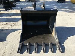 New 36 Heavy Duty Excavator Bucket For A Takeuchi Tb285 W/ Coupler Pins