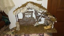 Vintage Fontanini Nativity Set 15 Figures And Wooden Stable 5 To 1 1/4 Tall Figu