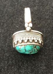 Nice Mid Century Native American Navajo Apache Turquoise Sterling Ring Size 9