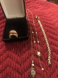 5 Pieces 14 K Gold Jewelry Lot