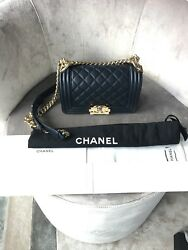 BN AUTHENTIC CLASSIC QUILT CHANEL BOY BAG SMALL🎁🎄USD 4045 approx