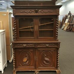 Black Forest Hutch