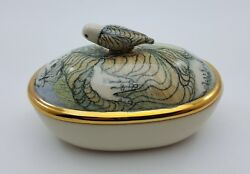 Rare Mary Lou Higgins Art Pottery Porcelain Jewelry Box W/gold Trim And Bird Knop