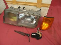 Nos Mercedes-benz W201 Euro 190e Hella Left Headlight Assembly And Wiper